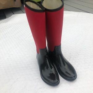 Women's Hunter Rain Boots. Black & Red. Size 7 1/2